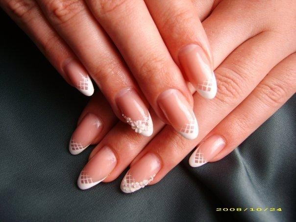 Фото нарощенных ногтей френч овальные ногти